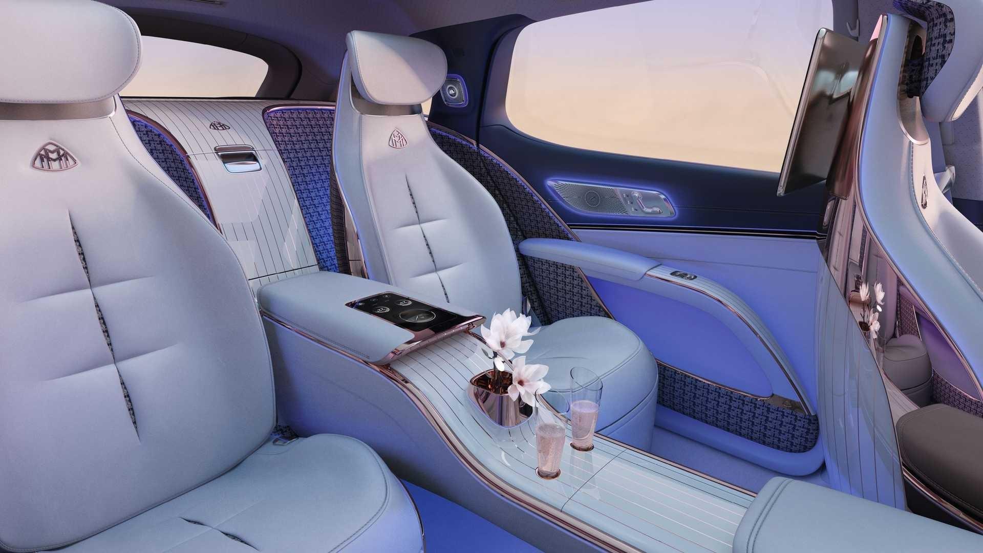 nice interior Mercedes-Maybach EQS